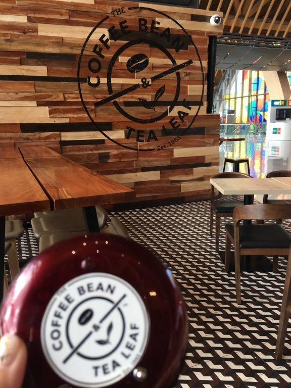 The Coffee Bean & Tea Leaf店内風景